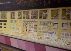 installation_mise_en_service_centrale_nucléaire_gravelines_france_salle_controle_commandement_direction_electrique_miniature